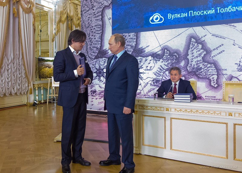 President V. V. Putin handed Sergei Semenov, the representative of AirPano team, the Grant Certificate