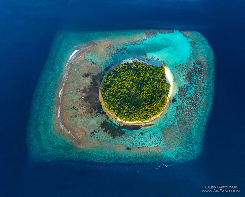 Southern Maldives. Above the Munandhoo Island