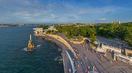 Monument to the Flooded Ships,  Primorsky (Seaside) Boulevard, Sevastopol