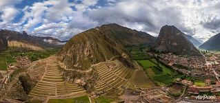 Bird's eye view of Ollantaytambo