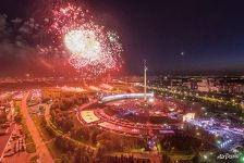 Fireworks above the Poklonnaya Hill