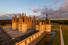 Château de Chambord in the morning lights