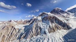 Everest. Khumbu Icefall