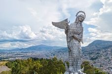 Virgen del Panecillo in Quito