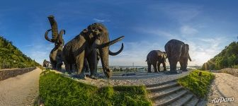 Sculptures of mammoths in Archeopark