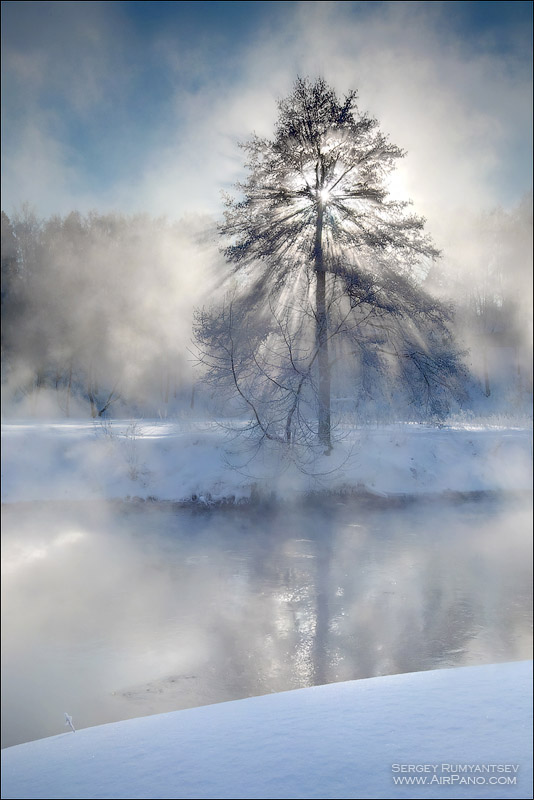 Foggy morning, Moscow region, Pehorka river • AirPano.com • Photo