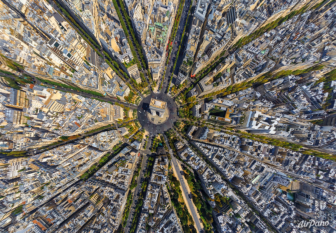 Paris - 360° aerial panoramic view by Airpano