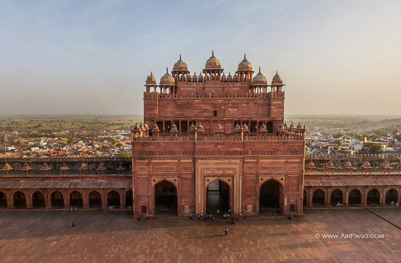 Buland Darwaza (Gate of Magnificence)