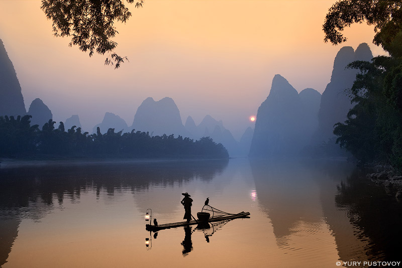 Bamboo raft on the Li River