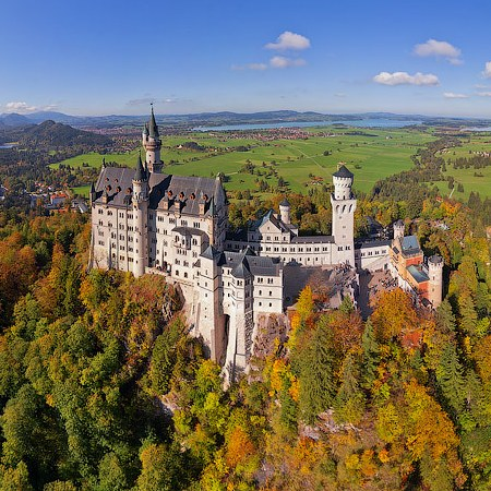 Virtual Tour over Neuschwanstein Castle, Germany