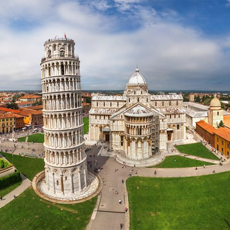 Leaning Tower of Pisa, Tuscany, Central Italy
