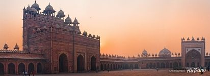 Buland Darwaza (Gate of Magnificence) and Jama Masjid Mosque