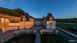 Château de Villandry at sunset