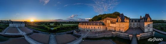 Panorama of the Château de Villandry at sunset