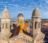 Golden statue at the Church Notre Dame de la Victoire, Saint-Raphaël