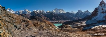 Everest and Gokyo Lakes, view from the Renjo-La