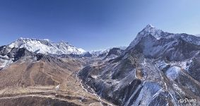 From Nuptse mountain to Ama Dablam mountain