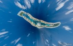1500 meters above Caroline atoll, pinnacle of creation in the loneliness of the Pacific Ocean