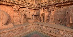 Akshardham, Elephants