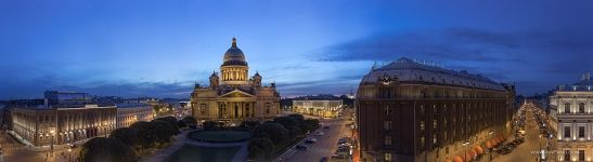 Saint Isaac's Cathedral in the evening