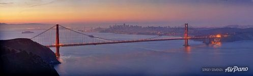 Panorama of the Golden Gate Bridge