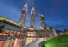 Petronas Towers. Simfony Lake